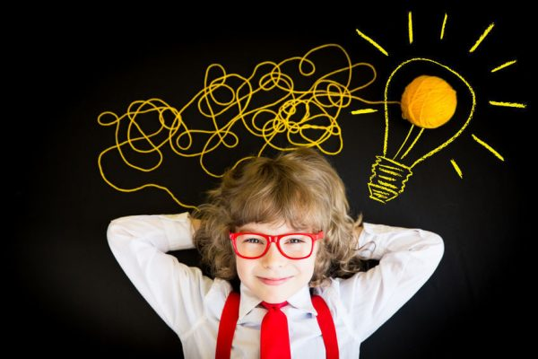 nurture creative thinking in a child